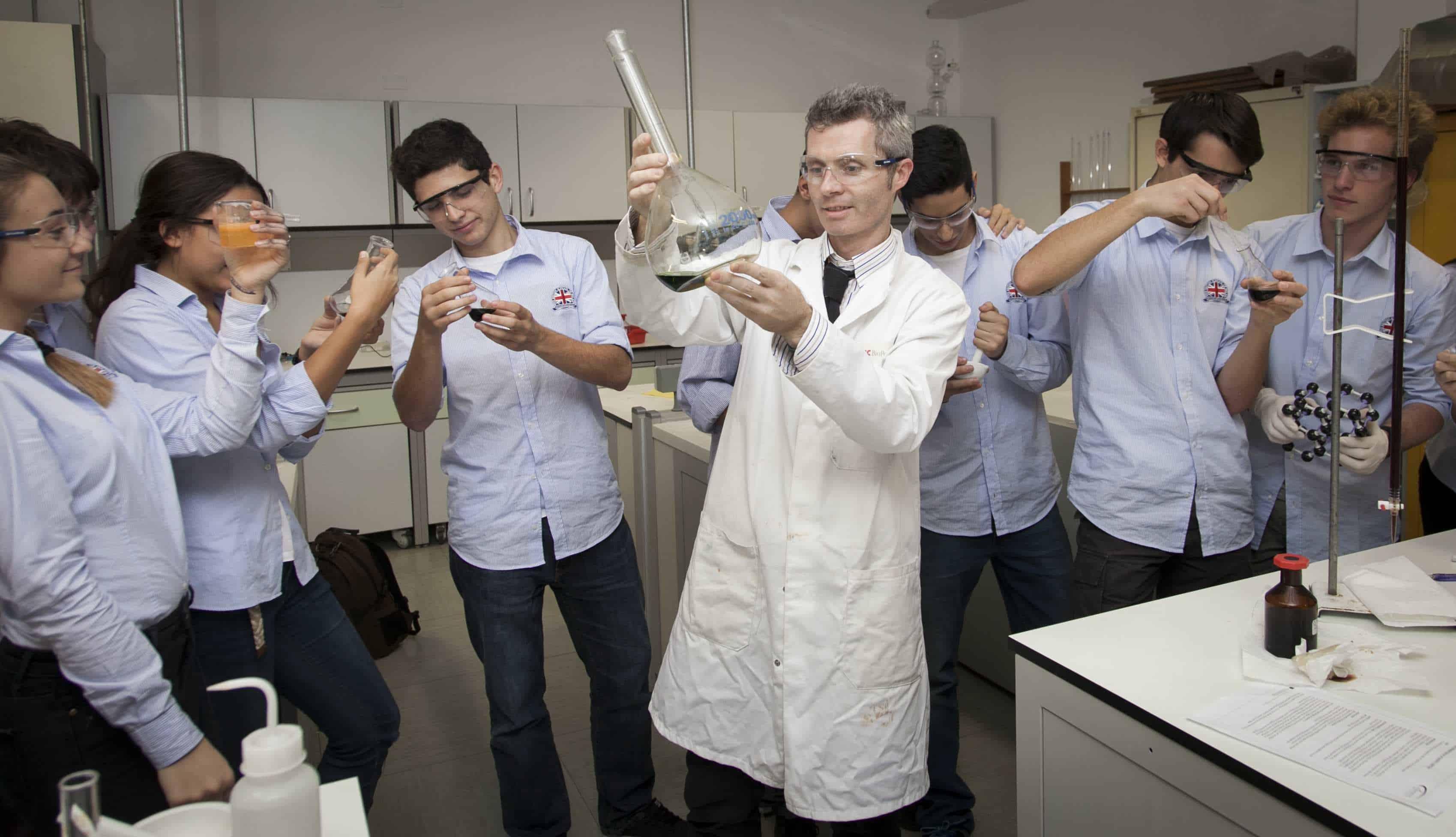 Kursus kimia di BSD City